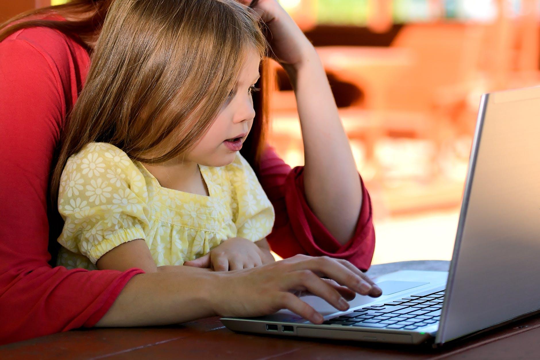 Çocuklara Hollandaca Öğreten Siteler